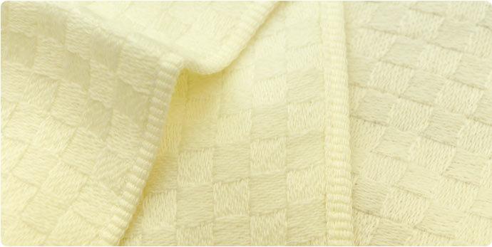 綿を織るというコンセプトで作られました。