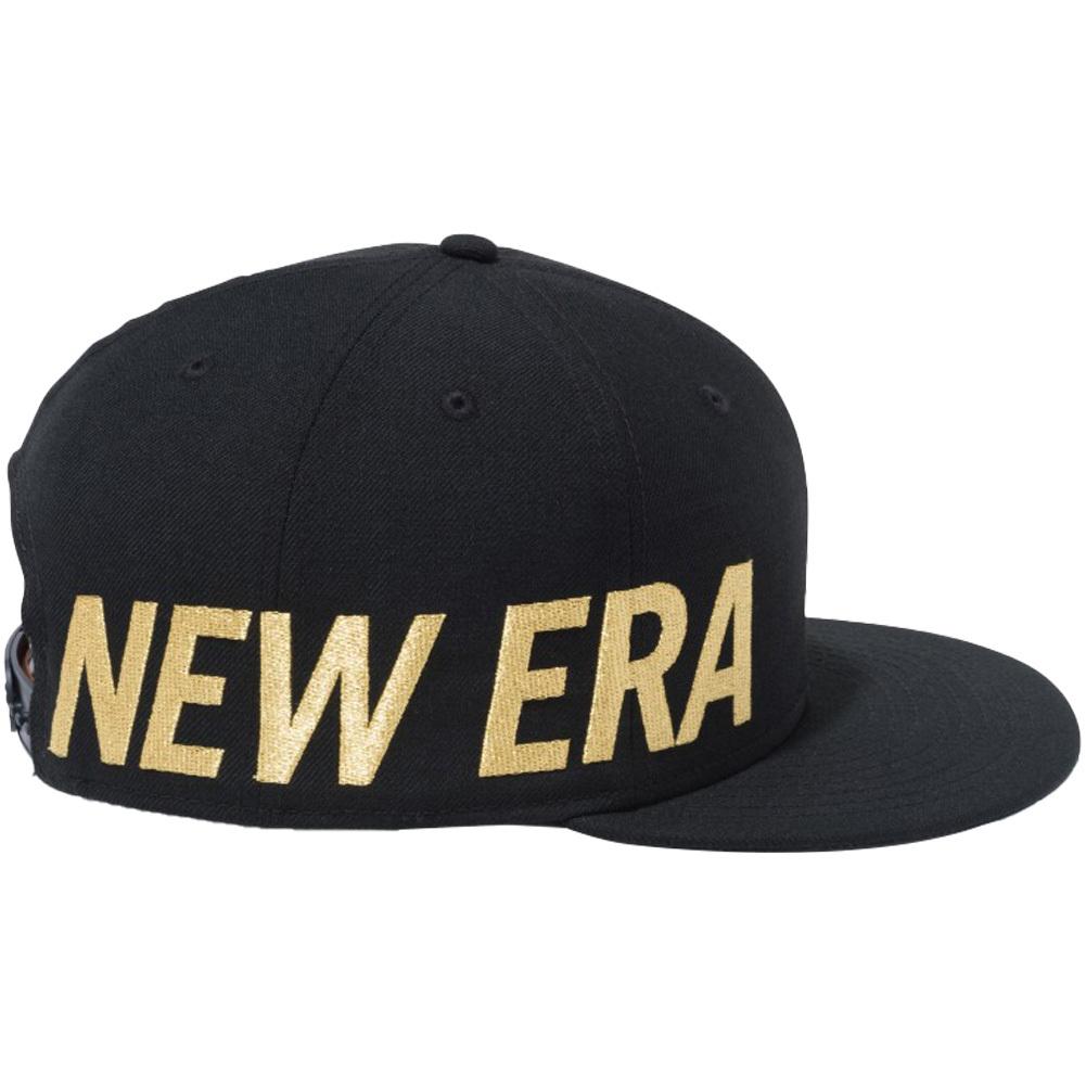 ニューエラ 950 スナップバック キャップ エッセンシャル サイドビッグロゴ ブラック メタリックゴールド