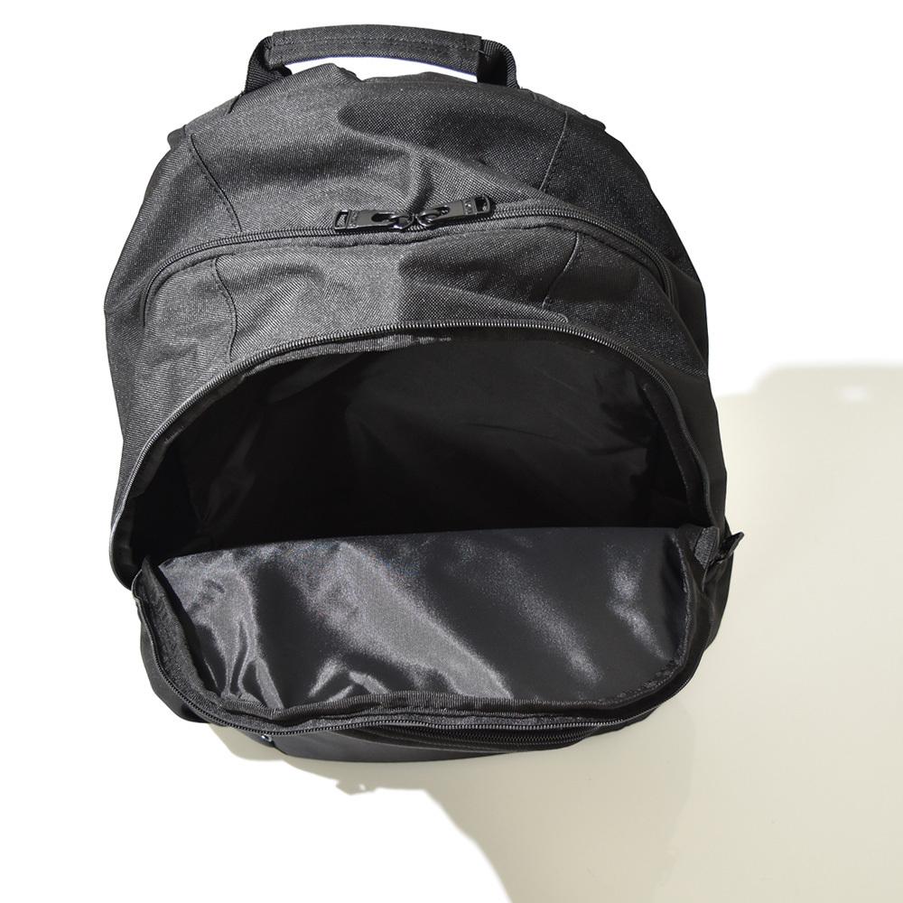 cbe42aa278c8 ロキシー ROXY リュック / 多機能ポケットが嬉しいシンプルなロゴデザインのバックパック。 大容量のビックで多機能ポケットが嬉しいバックパックです。